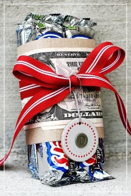 creative way to gift cash